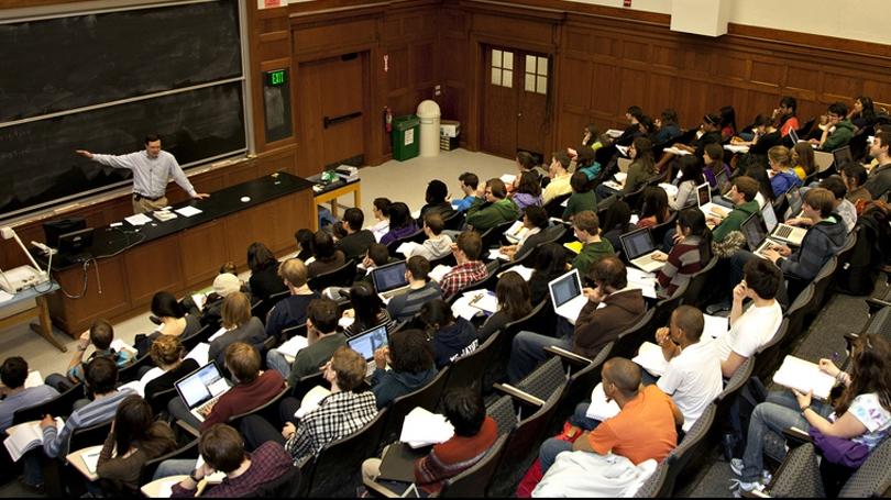 "Timothy Pulju teaching ""Introductory Linguistics"" in Steele Hall"